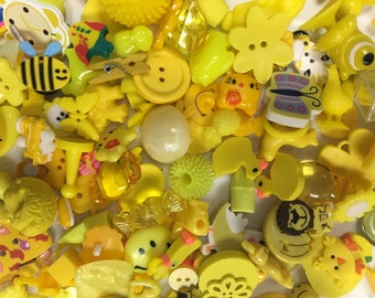 25 Yellow Trinkets (Small), for I Spy bags, Occupational Therapy, Sensory tables, Rice Boxes, Advent Calendars, Speech therapy, Teachers