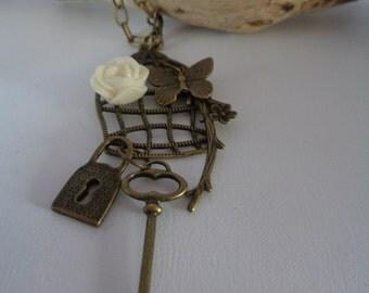 Romantic vintage necklace