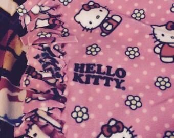Hello Kitty hand knotted fleece blanket