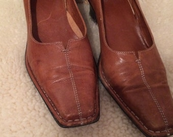 vintage , Italian leather shoes, made in Italy, gorgeous real leather