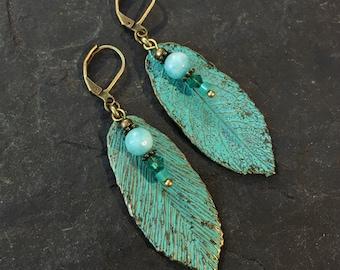 Earrings with beautiful Patinar. Aqua / door Pebble colours