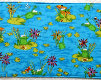 6 Whimsical Frog placemats/2 potholders, reversible placemats, linens,cloth placemats,  gift, birthday gift, frogs