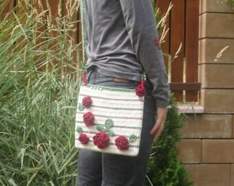 CROCHET PATTERN - crossbody purse / bag with roses - crochet purse pattern, crochet bag pattern, crochet bag, diy, PDF
