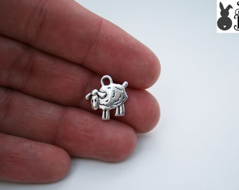 10 x Sheep Charms Tibetan Style Antique Silver  FREE SHIPPING