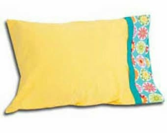 Pillowcases (a set of two (2))