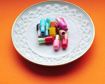 Message Capsules, Message Pills