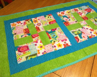 Retro-style Baby Quilt by PolkaDotOwlQuilting