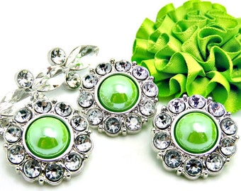 Shiny Apple Green Pearl Button W/ Clear Surrounding Rhinestones Button Bouquets Garment Dress Buttons Sewing Buttons DIY 18mm 2997 39P 2R