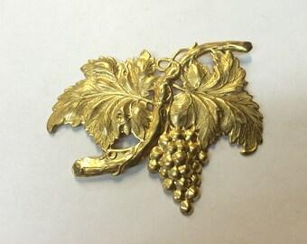 Brass Stamping - Brass Grape Cluster - Single Piece