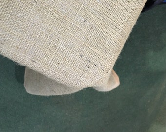1.5m x 1.5m Hessian Tablecloth, Fully Hemmed, Vintage Shabby Chic Look.