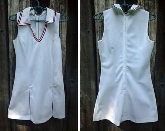 Vintage 1970s summer dress