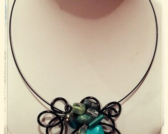 Green and black necklace