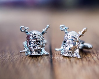 Cufflinks (cufflinks) Pirates