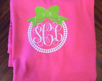 Girly pearls and bow monogram shirt