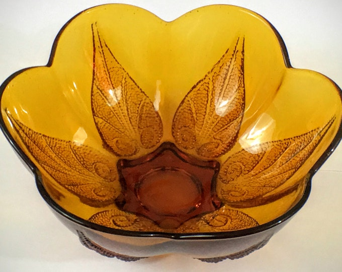 Vintage Indiana Glass Co Deep Amber Stippled Leaf Decorative Glass Dish