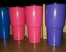 30 oz RTIC powder coated cups.Colors we have white,sierra blue, black,desert storm earth,OD green,neon green,chrome and baby blue available.