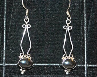 Silver earrings with hematite settings