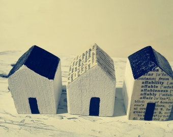 3 Little wooden Houses-3 Small cabins