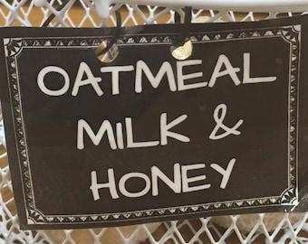 Oatmeal Milk and Honey Bath Bombs 4.5 oz
