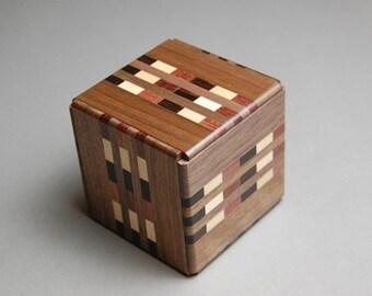18 Step Japanese Puzzle Box Cube Secret Yosegi Hakone 2.6 Sun Trick Opening Crafted M Himitsubako Famous Souvenirs