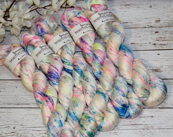 hand dyed yarn, 100% silk, 410 yards/375 meters,Just beautiful