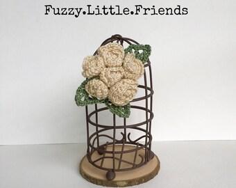 Crocheted flower brooch, crocheted rosettes brooch, gift, Valentines