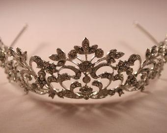 Elegant Swirl Tiara Vintage Princess Bridal Headpiece Wedding Crystal Bling Fairy Tale Hair Accessory