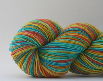 YO KAITLIN self-striping sock yarn