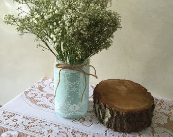 Mason Jar Centerpiece / Vase