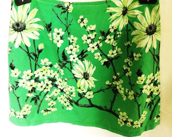 A-Line Vintage Fabric Green Skirt size 12