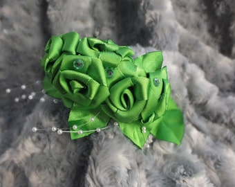 Headband with five flowers