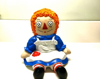 "Large Ceramic ""Raggedy Ann"" Vintage Collectible, Large figure 8"" Tall The Bobbs-Merrill Co USA"