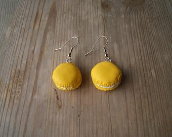 Boucles d'oreilles pâtisserie pâte fimo jaune moutarde