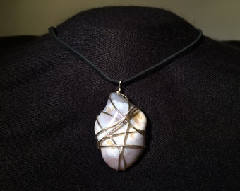 Wire wrapped Agate Necklace (free shipping)