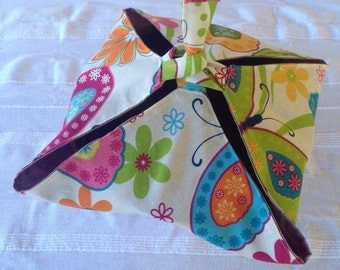 Pretty and practical pie bag