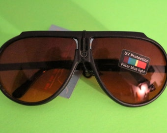 Vintage Adult Sport brand Sunglasses, with brown tint, Classic 80's48-51