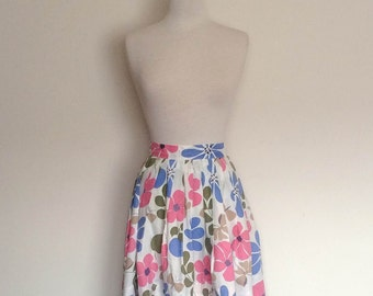 1950s Handmade Full Pleated Skirt with Floral Print Vintage