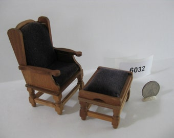 Dollhouse Furniture - Upholstered Chair and Ottoman 6032