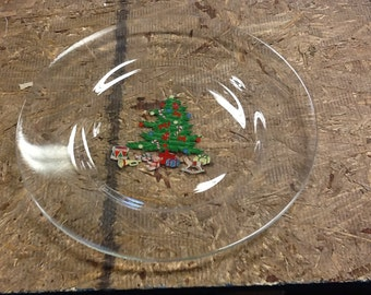 PRICE REDUCED Vintage Clear Glass Christmas Plate