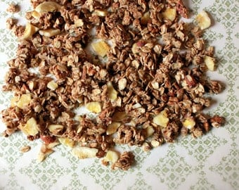 Maple Banana Granola (Gluten Free, Vegan)