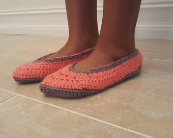 "Crocheted ballet shoes- ""Toesies"" in Pink and Gray"