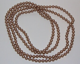 """""""Faux pearls"""" necklace brown 60s. Vintage fantasy brown pearl necklace from 60."""