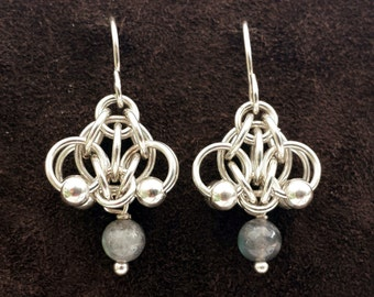 Hotaru Chainmail Earrings - Sterling Silver with Labradorite