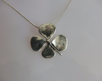 Four Leaf Clover, Lucky Charm jewelry, Shamrock Necklace, Christmas Gift idea, Bride gift, Bridesmaid gift, Gift for him, Secret Santa
