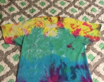 Tie Dye ombre Pattern shirt Size Large
