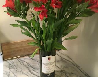 Hand-Cut Wine Bottle Vase, Centine