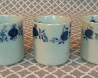 Vintage Polovi Germir minature tea cups - set of 3 - blue flower decor