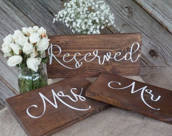 Reserved wedding sign. Reserved table sign. Wedding prop. Wedding sign. Wood sign. Reserved wood sign. Wedding decor.