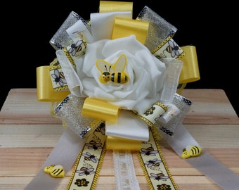 Mommy and Me, Sweet as can Bee – Table Centerpiece or Cake Topper