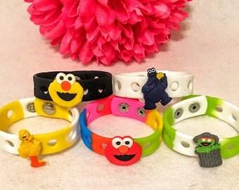 10 Pcs Sesame Street friends Bracelets party favors